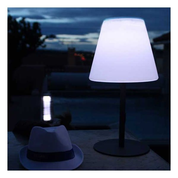 lampe solaire exterieur led tournesol millumine. Black Bedroom Furniture Sets. Home Design Ideas