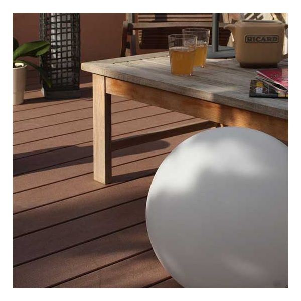 eclairage terrasse solaire lampe boule led girandole 38 millumine. Black Bedroom Furniture Sets. Home Design Ideas