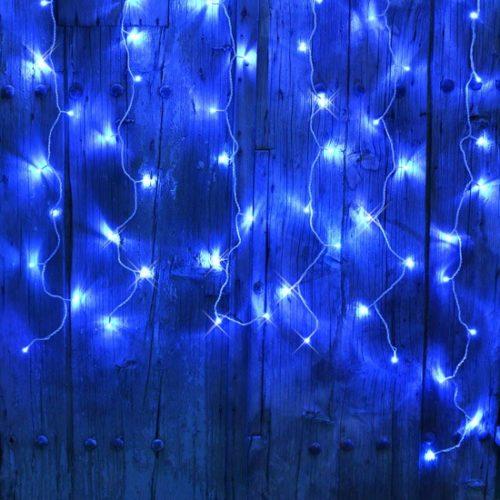 Je prépare ma décoration de Noël avec une guirlande électrique lumineuse