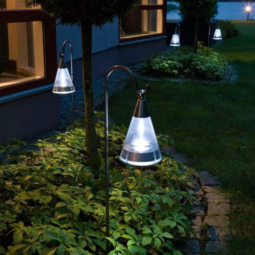Bien choisir ses luminaires d'extérieur pour éclairer son jardin de façon tendance; on vous dit tout!