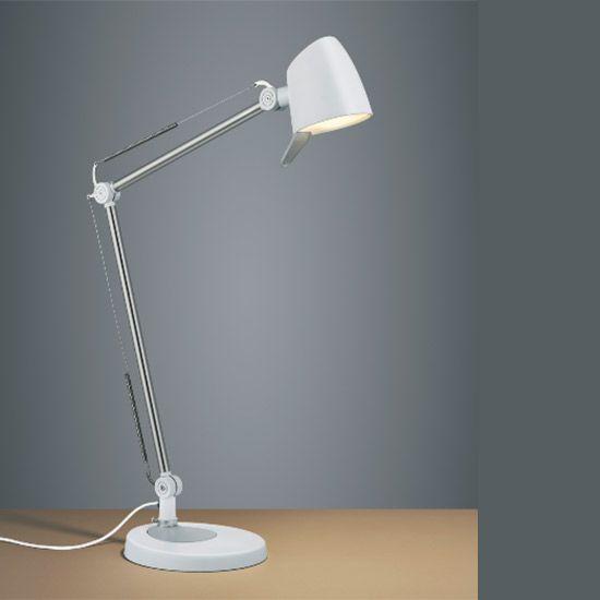 Lampe de bureau bien éclairé